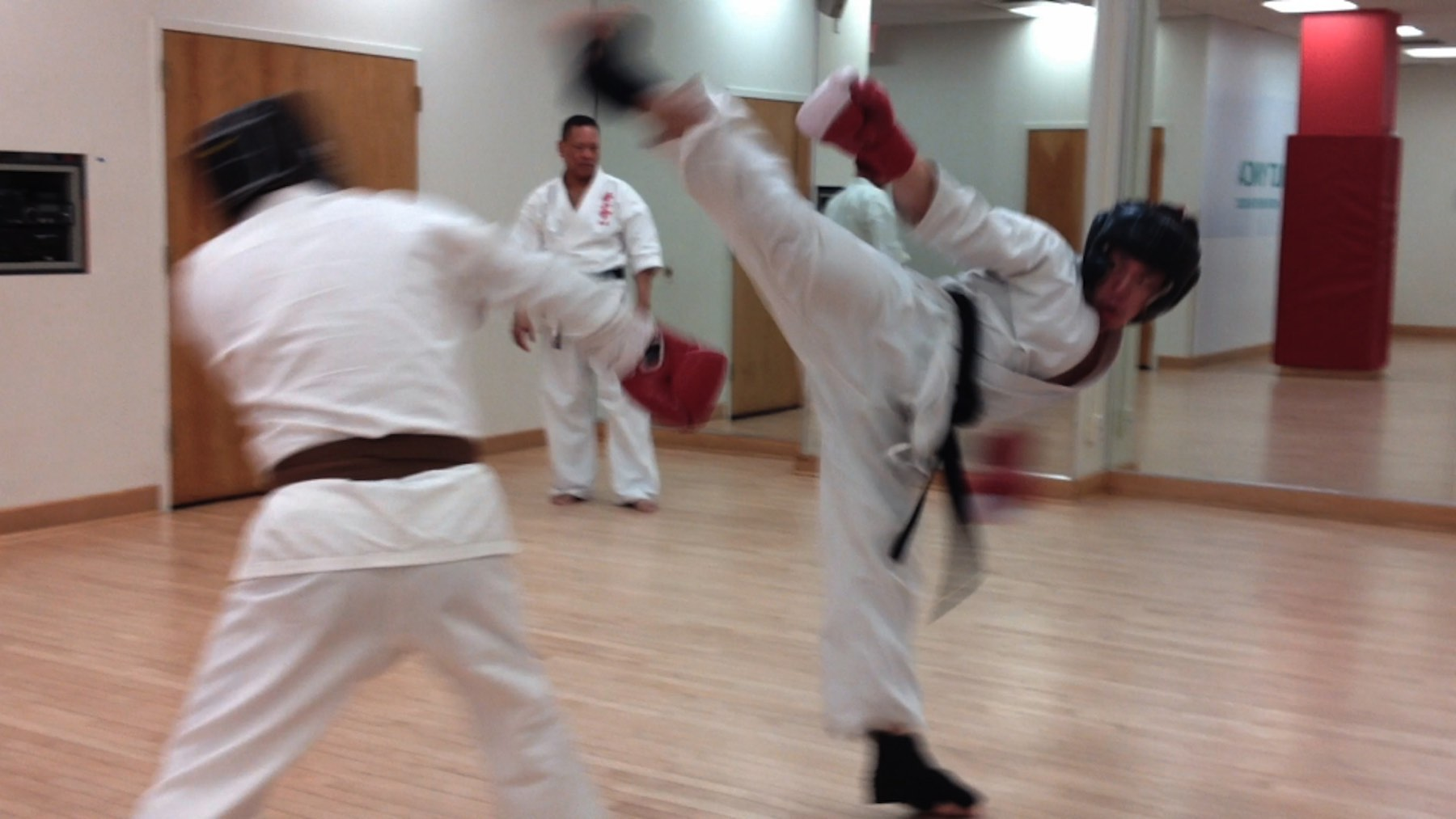 Kumite class at Kenshikai Karate